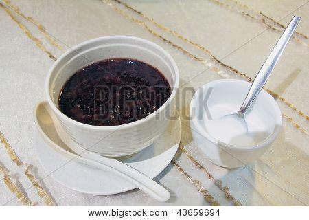 Bubur Pulut Hitam Dessert