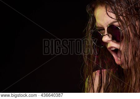 Woman Model Attractive Glance Posing Sunglasses Studio Lifestyle