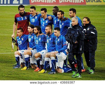 GENEVA, SWITZERLAND - MARCH 21, 2013: Italian national soccer team poses before the friendly match b