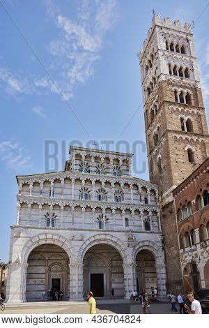 Lucca (italy), September 5, 2021. Facade And Tower Of The Cathedral. Italian: Duomo Di Lucca, Catted