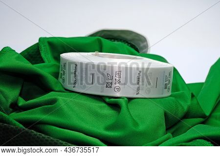 Skein Tags For Clothing, Satin Ribbon With Symbols For The Use Of Clothing. Green 100 % Polyester Fa