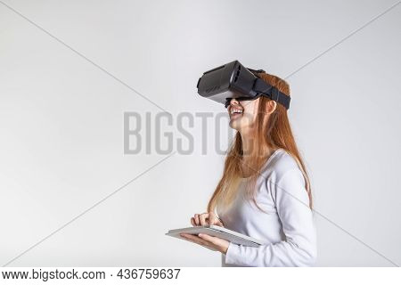 Young Asian Women Are Enjoying And Excited The Virtual Reality Glasses Or Vr Device Experience,  Exc