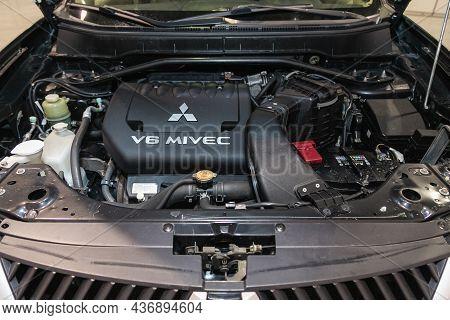 Novosibirsk, Russia - September 24, 2021: Mitsubishi Outlander Xl , Close Up Of A Clean Motor Block.