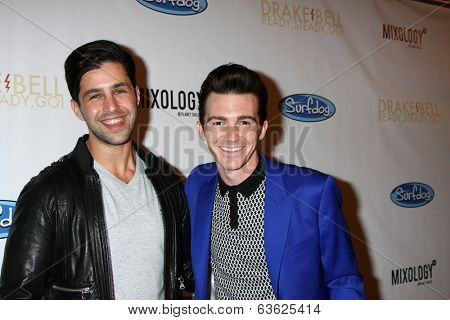 LOS ANGELES - APR 17:  Josh Peck, Drake Bell at the Drake Bell's Album Release Party for