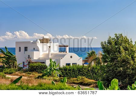 Holiday Beach Villa