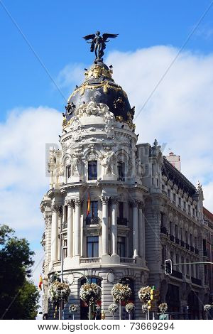 Metropolis Building on the Gran Via street in Madrid, Spain