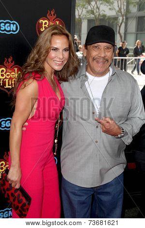 LOS ANGELES - OCT 12:  Kate del Castillo, Danny Trejo at the