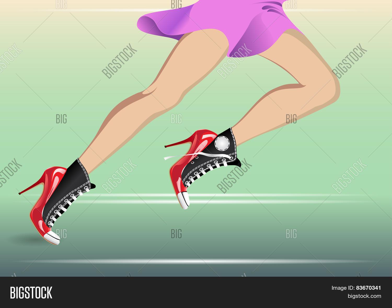 бегущие ноги девушек футаж виду скромная