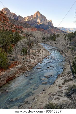 Zion National Park - Geological wonder of Mountains, rivers and Sandstone