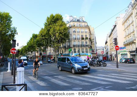 Tourists Stroll At The Most Famous Avenue Of Paris