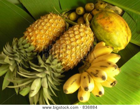 Sri lankan tropical fruits