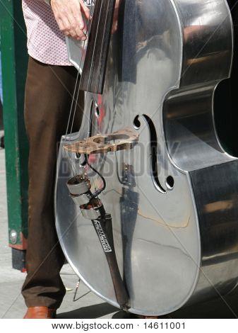 Bass Geige Spieler Steet Band