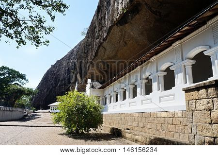 Dambulla buddist cave temple, central Sri Lanka