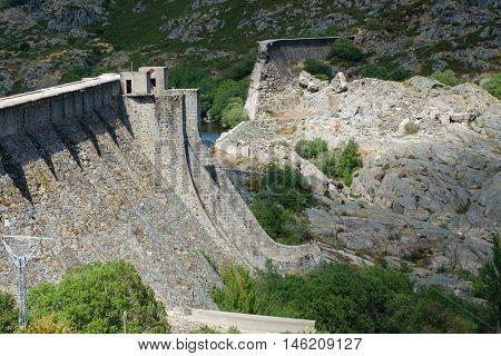 Closeup view of Vega de Tera dam in Sanabria, Zamora