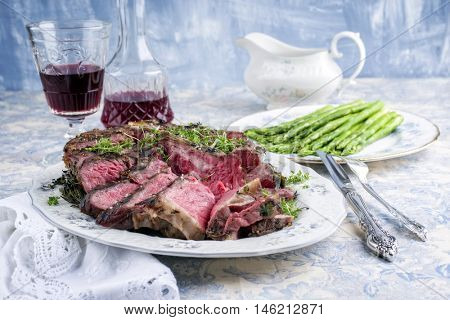 porterhouse steak with asparagus