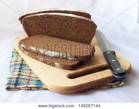 Loaf of wholegrain loaf cut on slices
