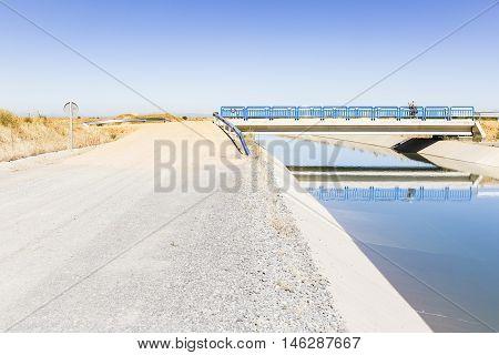 Canal Bajo de los Payuelos irrigation watercourse canal, Léon, Spain