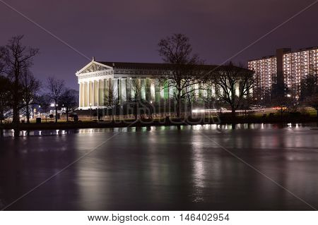 Replica of Parthenon in Centennial Park in Nashville, Tennessee at nigh