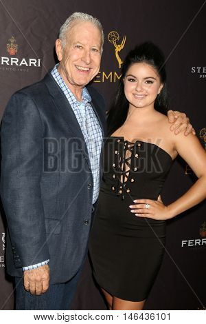 LOS ANGELES - SEP 8:  Jeff Greenberg, Ariel Winter at the TV Academy Reception for the Nominees for Outstanding Casting at the Montage Hotel on September 8, 2016 in Beverly Hills, CA