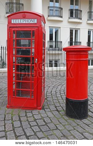 British Icons Red Telephone Box and Royal Mail Pillar Postbox