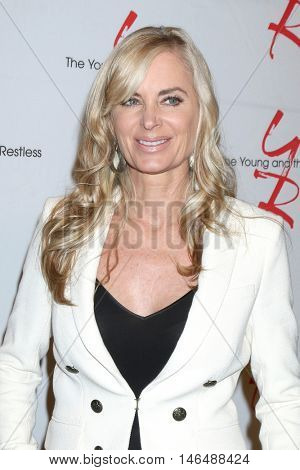 LOS ANGELES - SEP 8:  Eileen Davidson at the Young and The Resltless 11,000 Show Celebration at the CBS Television City on September 8, 2016 in Los Angeles, CA