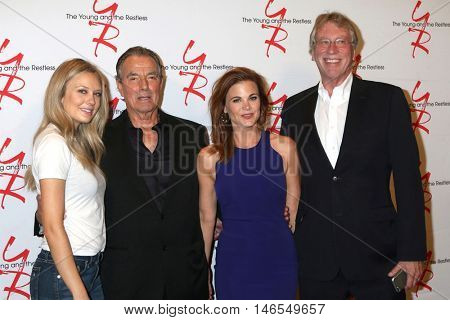 LOS ANGELES - SEP 8:  Melissa Ordway, Eric Braeden, Gina Tognoni, Steve Kent at the Young and The Resltless 11,000 Show Celebration at the CBS Television City on September 8, 2016 in Los Angeles, CA