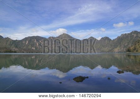 mountain rinjani lombok indonesia segara anak lake