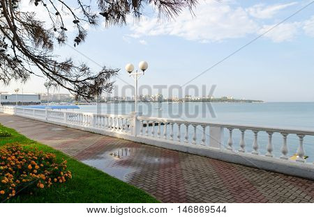 Gelendzhik embankment Lermontov Boulevard. After the rain.