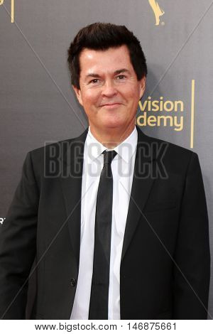 LOS ANGELES - SEP 11:  Simon Fuller at the 2016 Primetime Creative Emmy Awards - Day 2 - Arrivals at the Microsoft Theater on September 11, 2016 in Los Angeles, CA