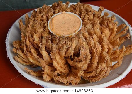 Super Colossal Blooming Onion Blossom with Dip