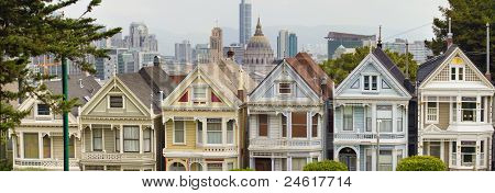 Painted Ladies Row Houses By Alamo Square