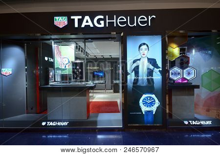 Singapore-june 17, 2018:  Tag Heuer Storefront In Singapore. Tag Heuer Is A Swiss Manufacturer Of Sp