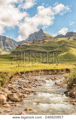 Garden Castle In The Drakensberg Near Underberg. Rhino Peak (3056m) Is Visible In The Back And The M