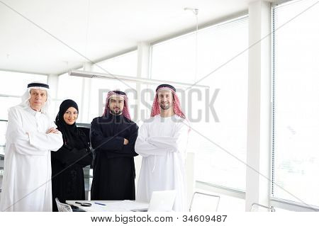 Arabic team work