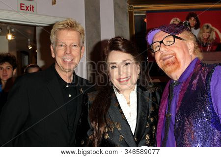 LOS ANGELES - JAN 18: Donelle Dadigan, Geoffrey Mark at the Hollywood Museum's celebration for the 40th Anniversary of
