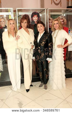 LOS ANGELES - JAN 18: Joan Van Ark, Michele Lee, Donelle Dadigan, Donna Mills at the Hollywood Museum's celebration for the 40th Anniversary of