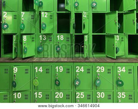 Background Texture: Green Lockers In The Locker Room. Lockers In A Public Locker Room. Luggage Stora