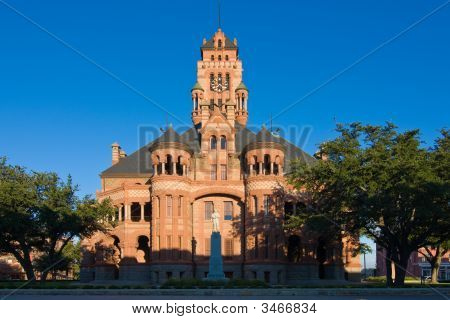 Courthouse In Waxahachie, Texas