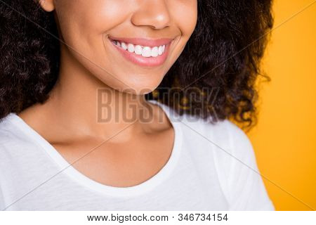 Cropped Close-up Profile Side View Portrait Of Her She Nice Attractive Lovely Cheerful Cheey Wavy-ha