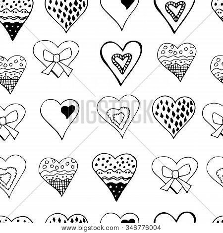 Geometric Seamless Pattern With  Hand Drawn Sketch Of  Hearts. M