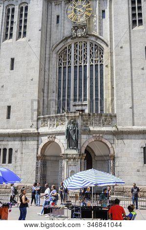 Sao Paulo Sp, Brazil - November 22, 2019: Front View Of The Basilica Nossa Senhora Da Assuncao - Mos