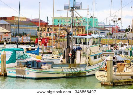January 16, 2020 In Eureka, Ca:  Rustic Fishing Vessels, Yachts, And Sail Boats Docked At The Eureka
