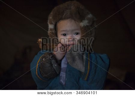 Children In The Plague, A Resident Of The Tundra, Indigenous Residents Of The Far North, Tundra,  Li