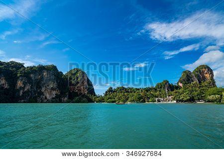 Krabi, Thailand - November 23, 2019: Railay Beach In Krabi, One Of The Most Popular Tourist Destinat