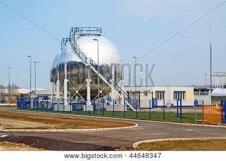 Oil Storage Tanks