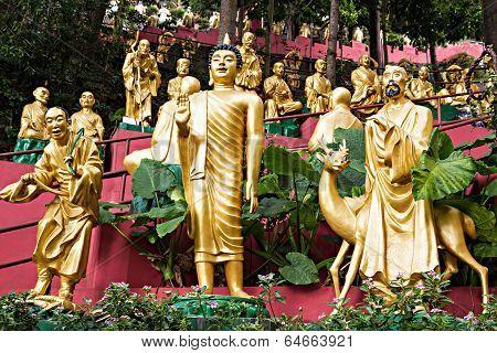 Ten Thousand Buddhas Monastery