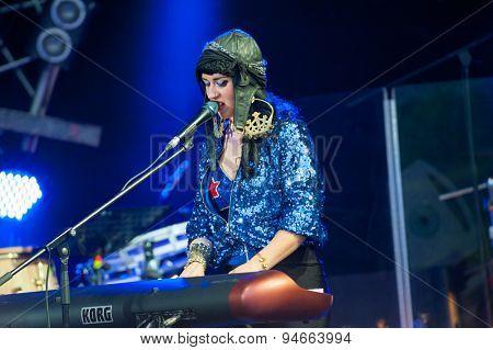 MOSCOW - JUNE 20: Hiatus Kaiyote performs at XII International Jazz Festival
