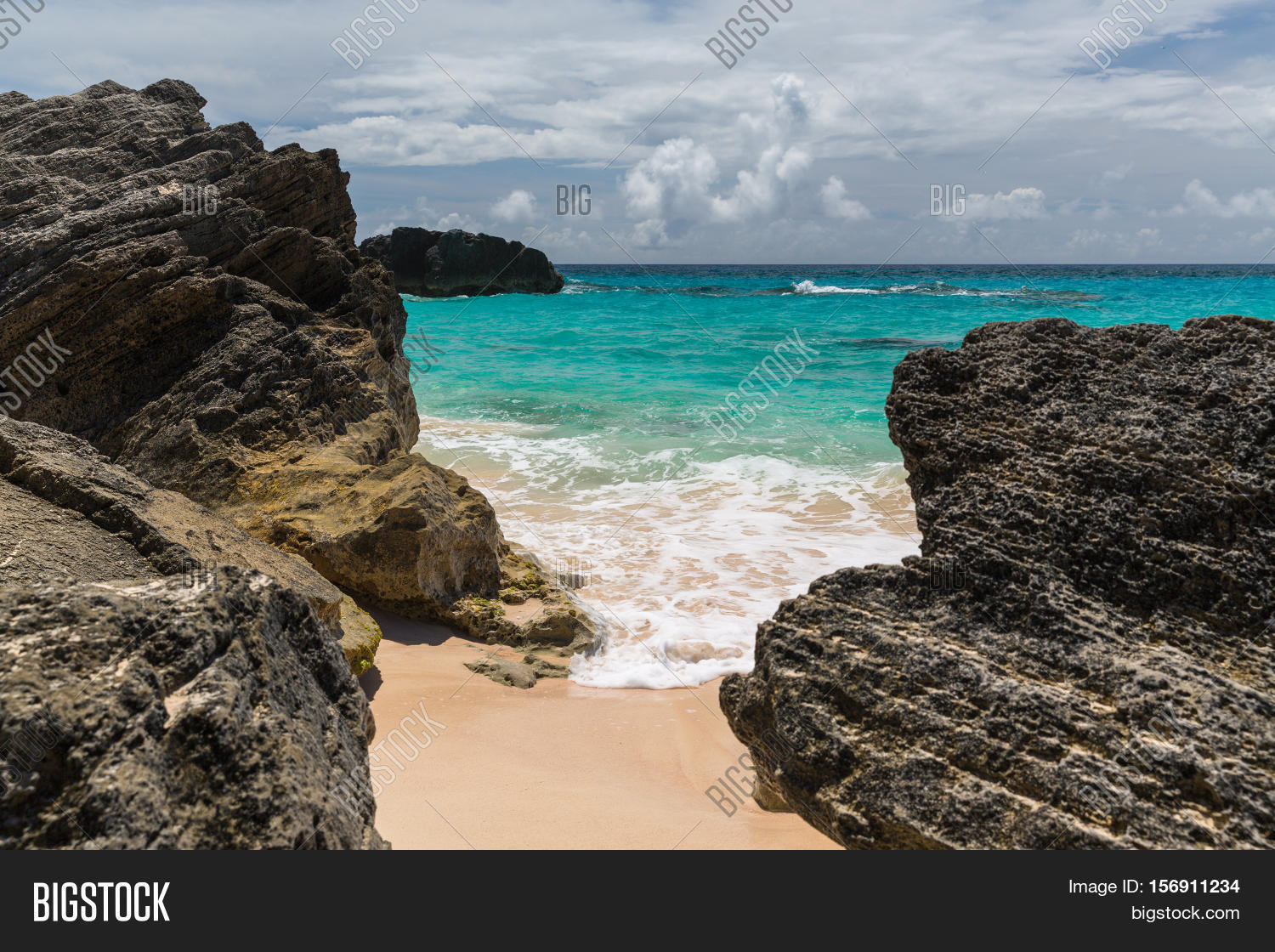 Horseshoe Bay Is Perhaps The Most Famous Beach In Bermuda Very Por Tourist Spot It