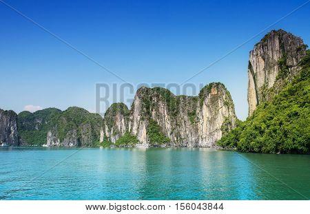Halong bay cruise, world heritage site in Vietnam. Tourist destination in Vietnam, unesco, Islands in Ha Long bay.