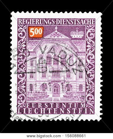 LIECHTENSTEIN - CIRCA 1989 : Cancelled postage stamp printed by Liechtenstein, that shows Government building.